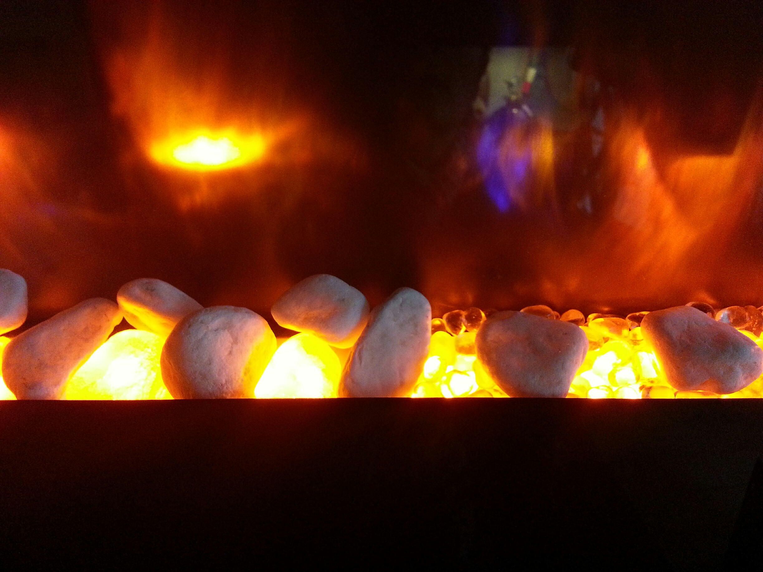 7 ways to u0027rock u0027 your fireplace with crystal stylish fireplaces