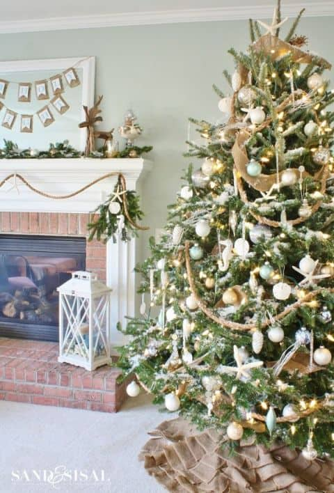 sand&sisal-coastal-christmas-tree-1